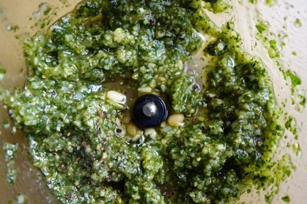FODMAP free green pesto